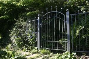 garden-gate-116918_640(1)